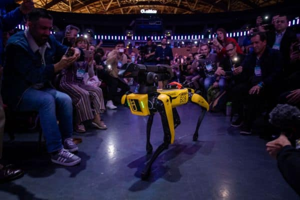 Following Hyundai acquisition, Boston Dynamics' CEO discusses the robotics pioneer's future – NewsNifty