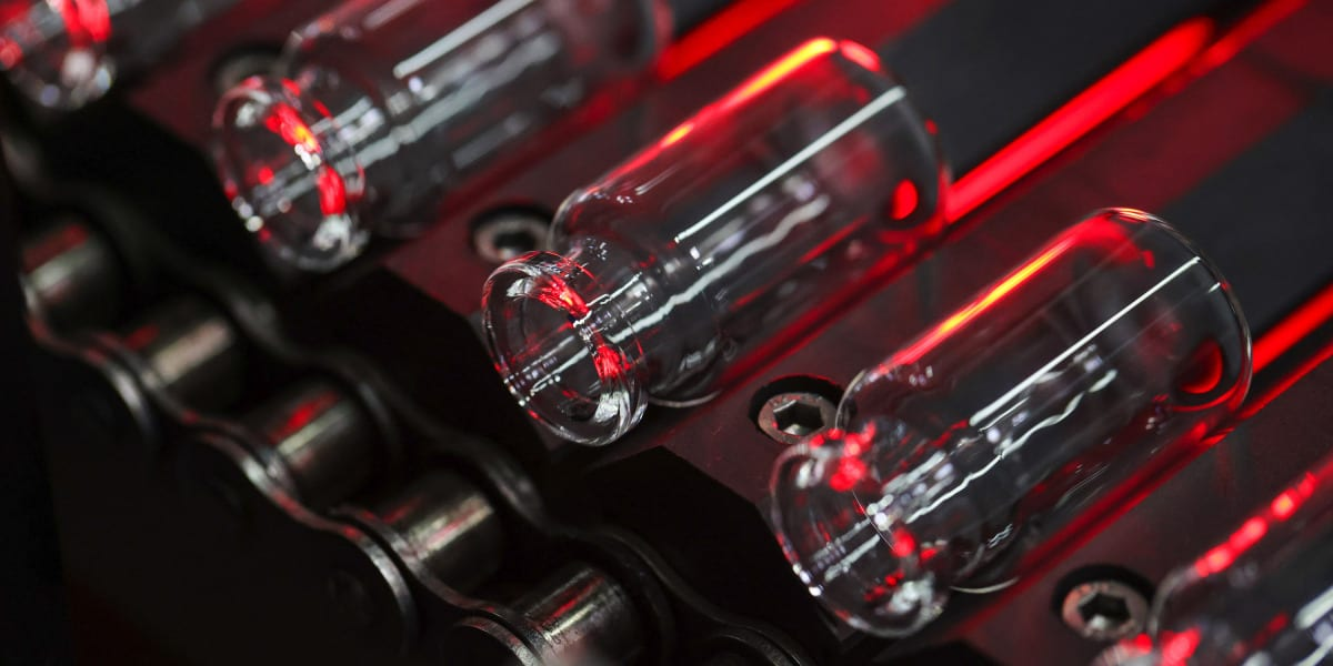 Moderna vaccine | MIT Technology Review